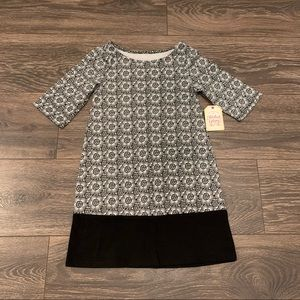 NWT Black & White Flowered Shift Dress